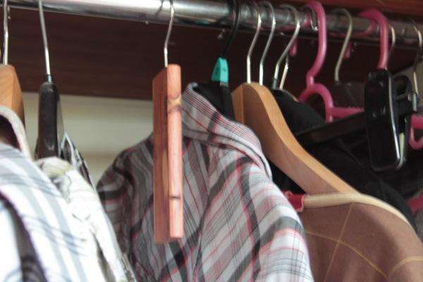 Jak usunąć nieprzyjemny zapach z szafy