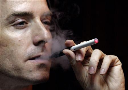 Jak usunąć zapach papierosów